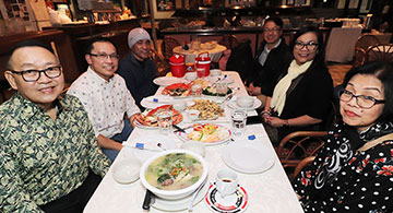 Palabok House's `royal food treat' to `birthday boys'
