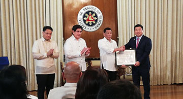 Duterte hands Mislatel Consortium permit to operate as 3rd telco
