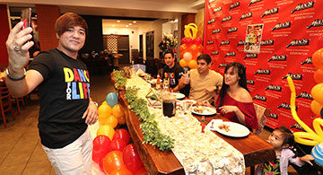 Meet and Greet with the Reggaeton's Organizers and Special Guests at Max's Resto: The Zamora Brothers and Jopay