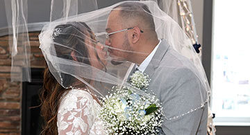 Kerry Lee, Rod Harvey finally tie the knot